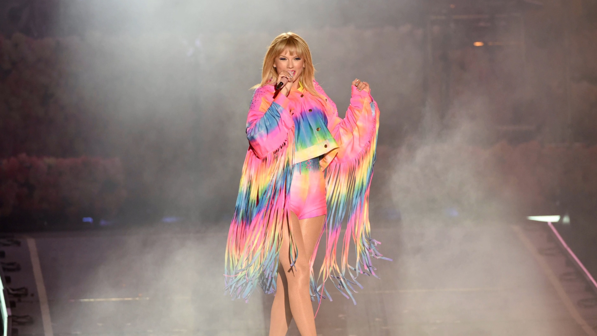 Polish LGBTQ Advocates Use Taylor Swift's Hit To Push Back Against Bigotry