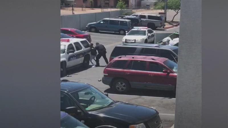 National News - Phoenix Mayor Apologizes After Video Shows Police Pointing Guns at Family