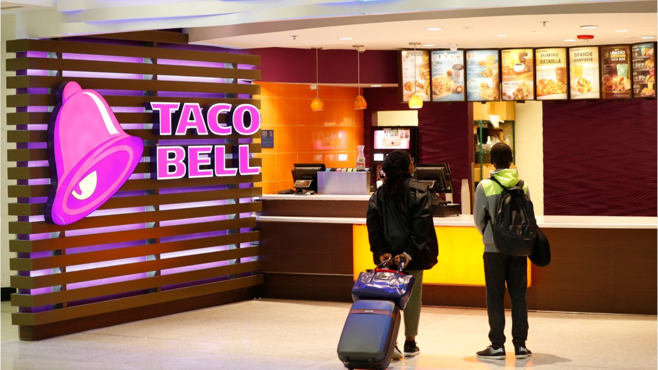 National News - Get Your Free Taco Bell Taco Today Thanks to the Golden State Warriors