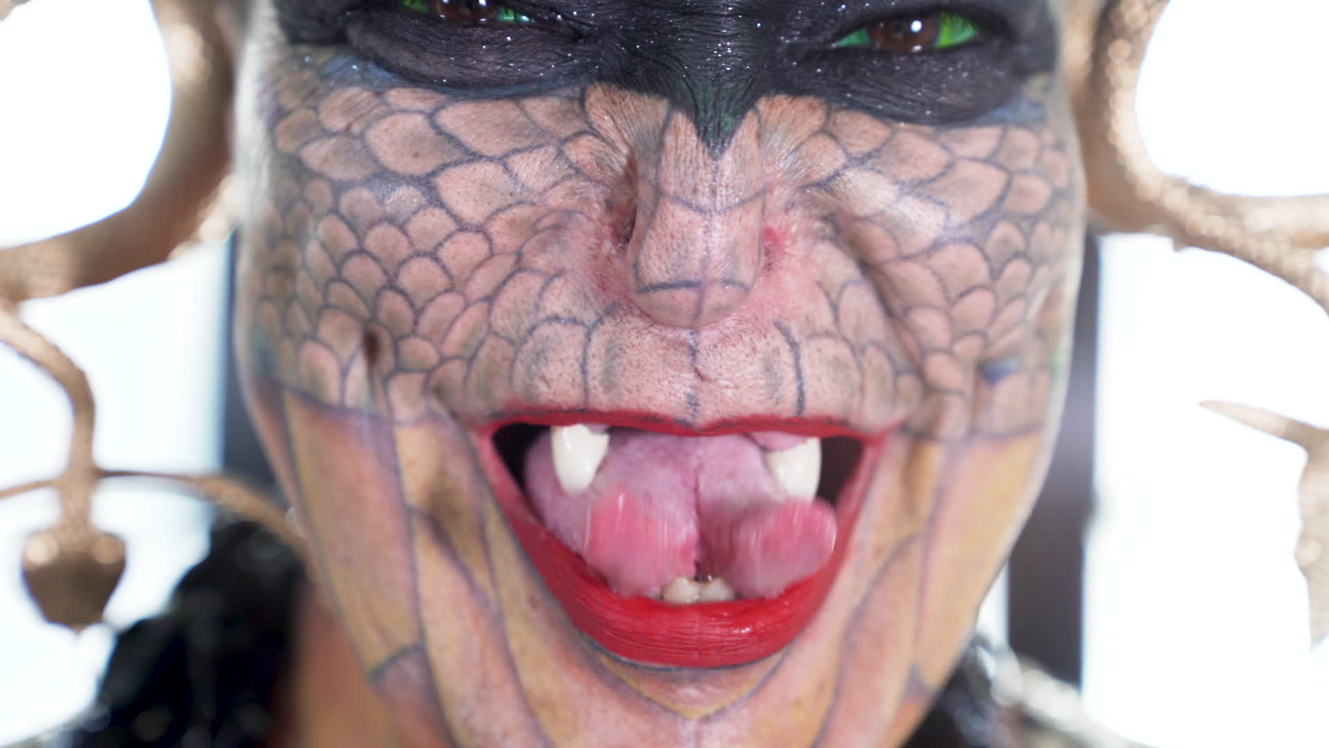 My Unconventional Life: Woman undergoes extreme body modifications to turn into a dragon