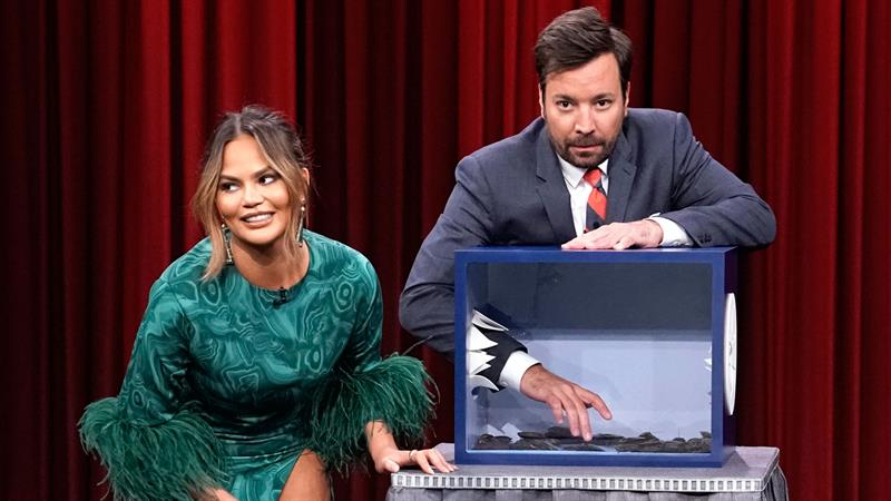 Chrissy Teigen Freaks Out Over The Funniest Object In The Mystery Box Game