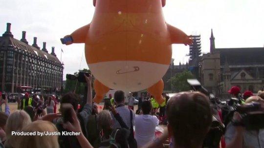 Trump Baby Blimp Crashes Washington Independence Day Celebration