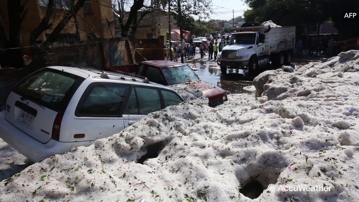 Cars Engulfed by Massive Hailstorm in Guadalajara