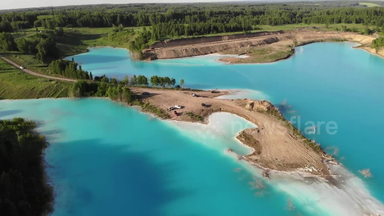 Ce lac fait rêver les instagrammeurs... mais n'approchez pas trop!