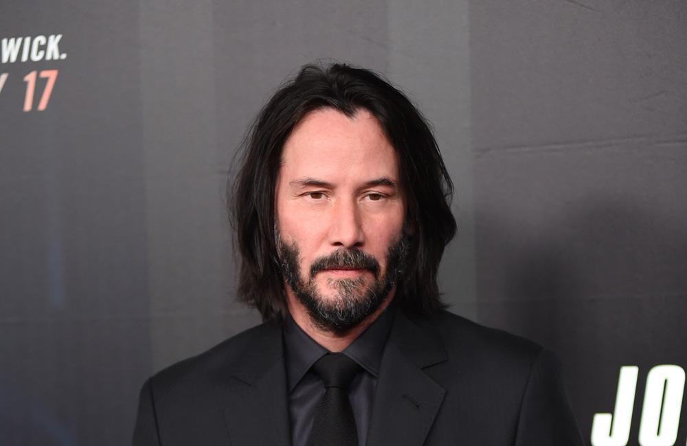Keanu Reeves Pulls Another 'Breathtaking' Move On Fan's Front Lawn