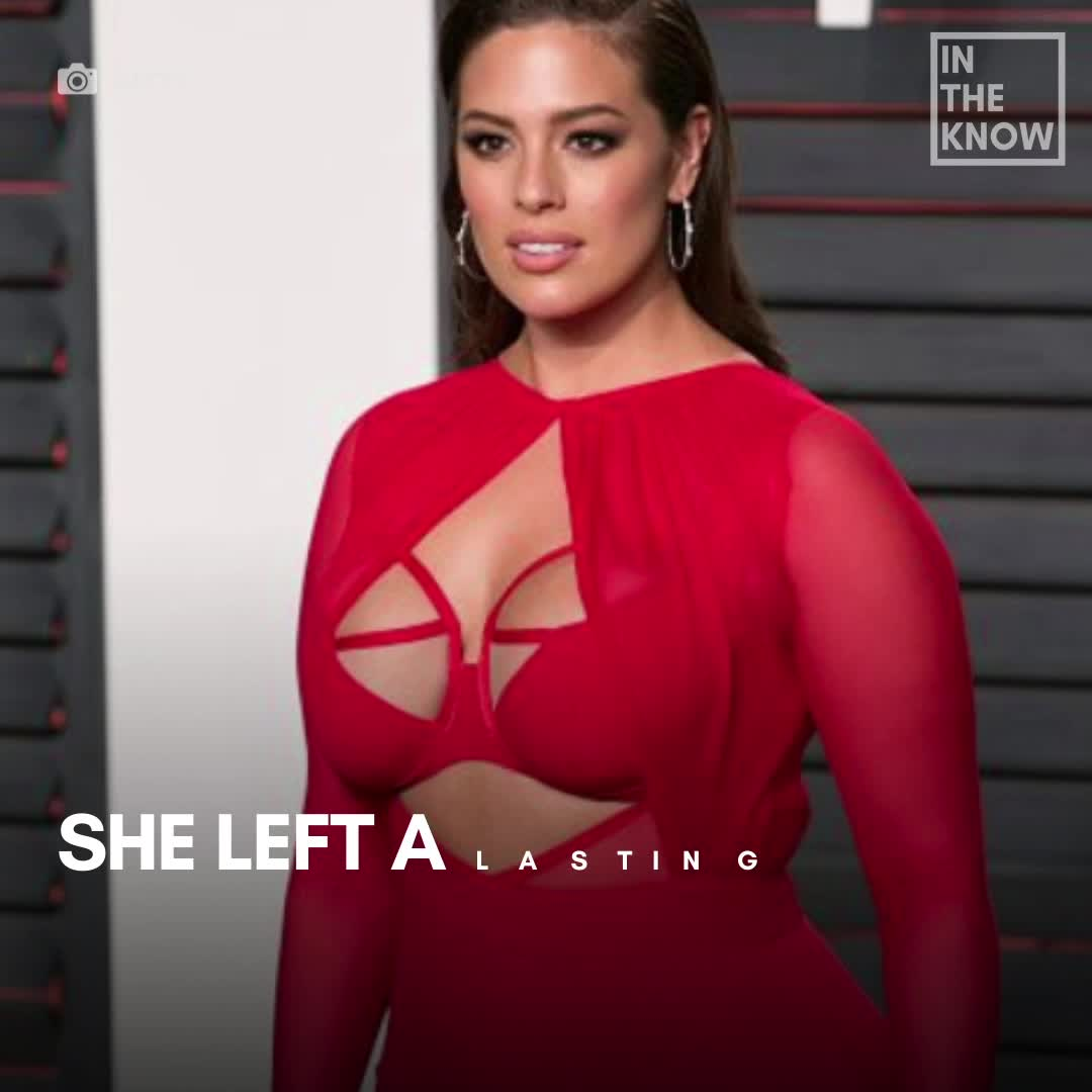 Ashley Graham praised for posting nude photo of her pregnant body: 'Just a little bit more of love'
