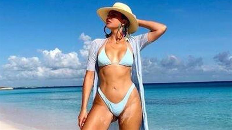 Khloe Kardashian hits back at troll saying she uses True as an 'accessory'