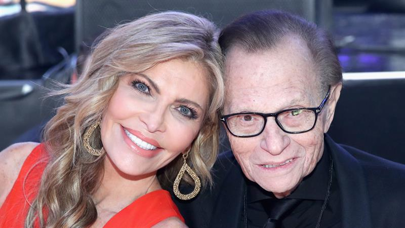 Larry King's family 'ecstatic' about divorce filing: 'They detest each other'