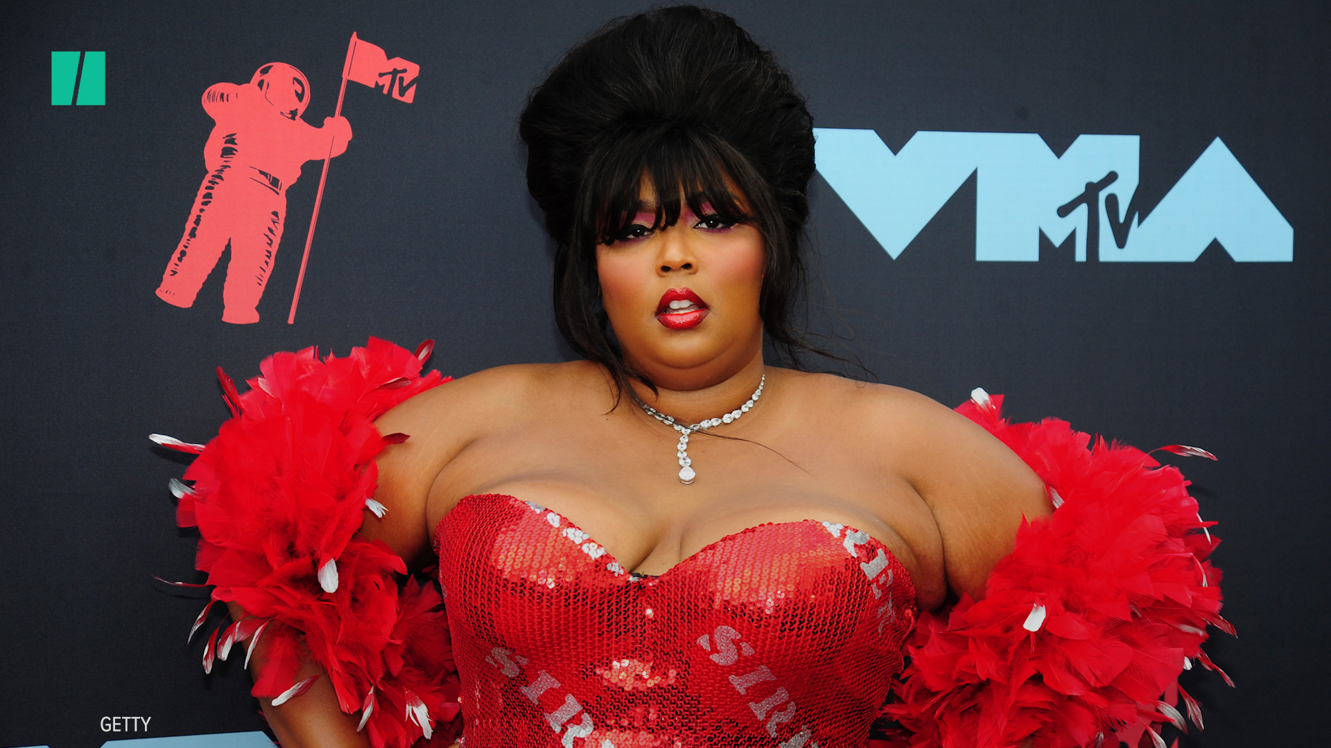 Lizzo Drips In Diamonds And Old Hollywood Glamour On Grammys Red Carpet