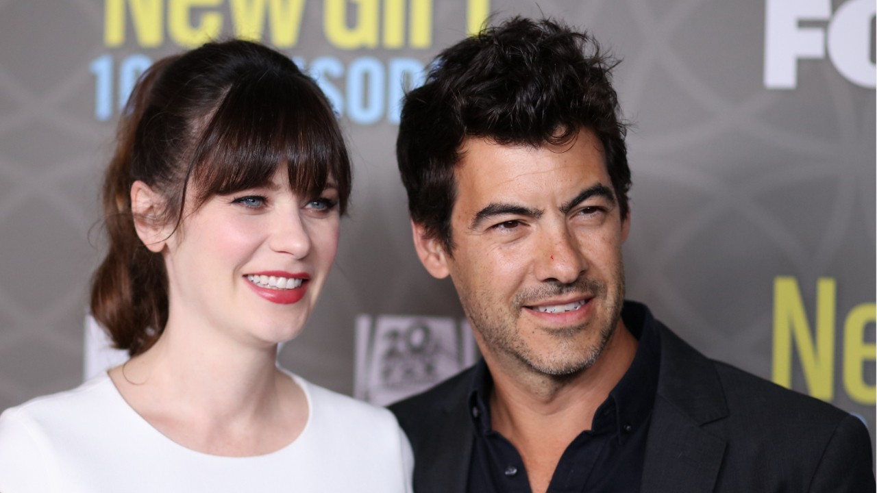 Jonathan Scott Of 'Property Brothers' And Zooey Deschanel Are Reportedly Dating