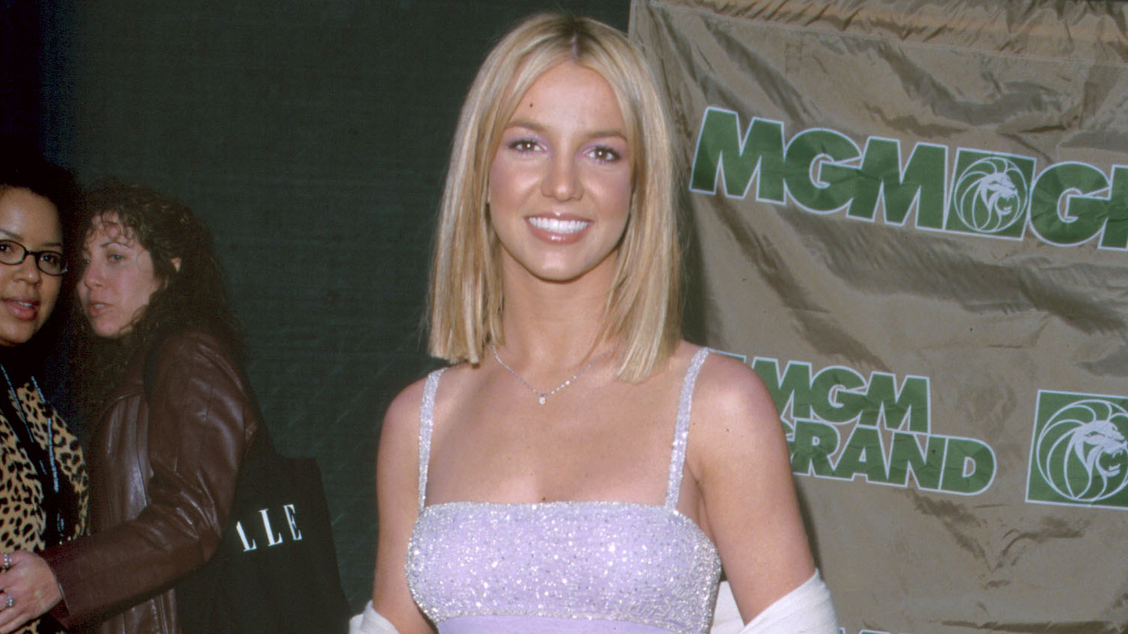 Britney Spears is pin-up perfection in yellow bikini snapshot on Instagram