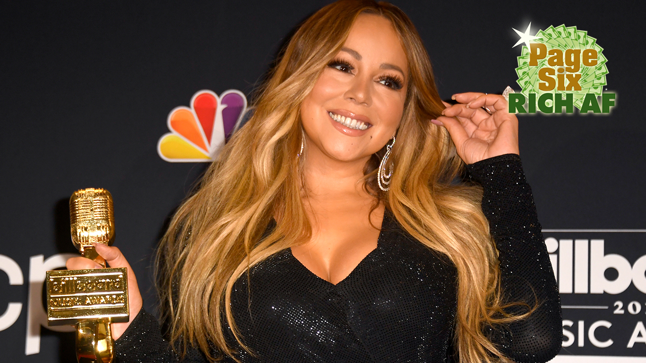 Mariah Carey Responds To Fan Tweet Of Old 'SNL' Video, Has Cutest Chat