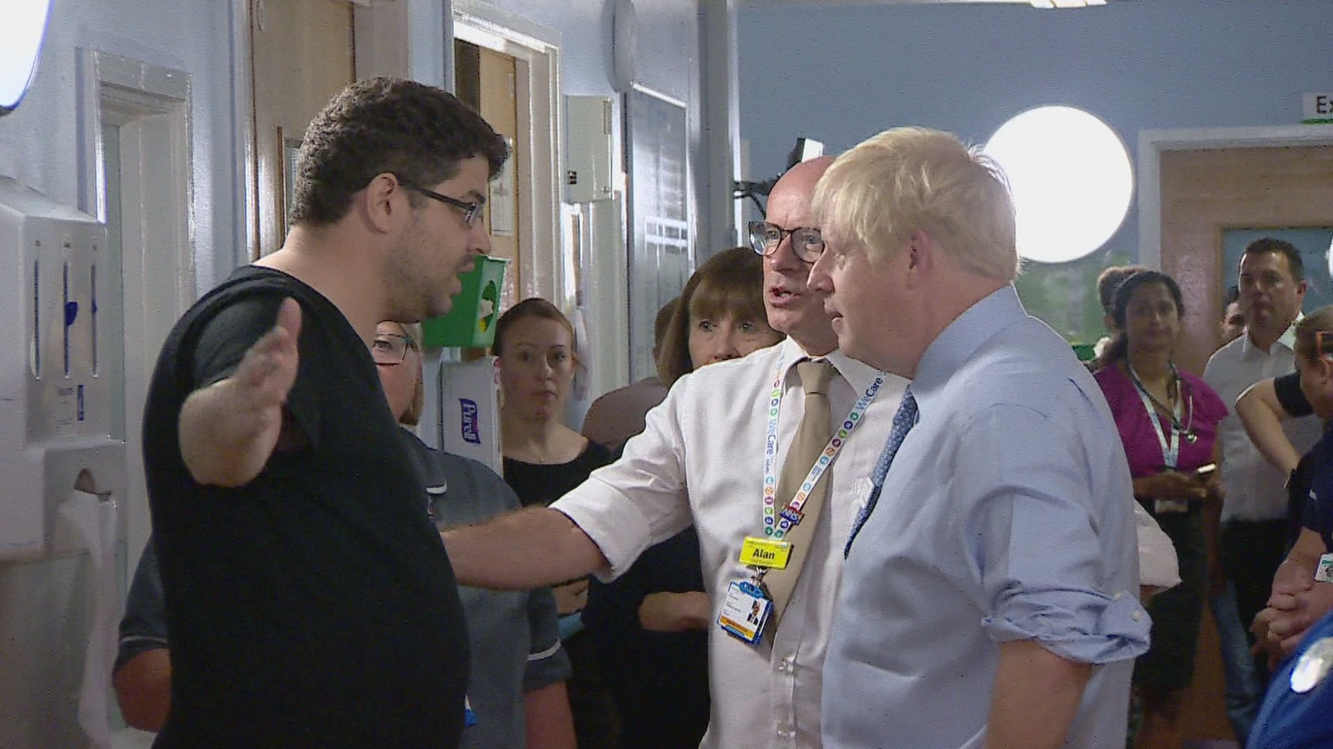 Just How Bad Was Boris Johnson's Hospital Photo-Op?