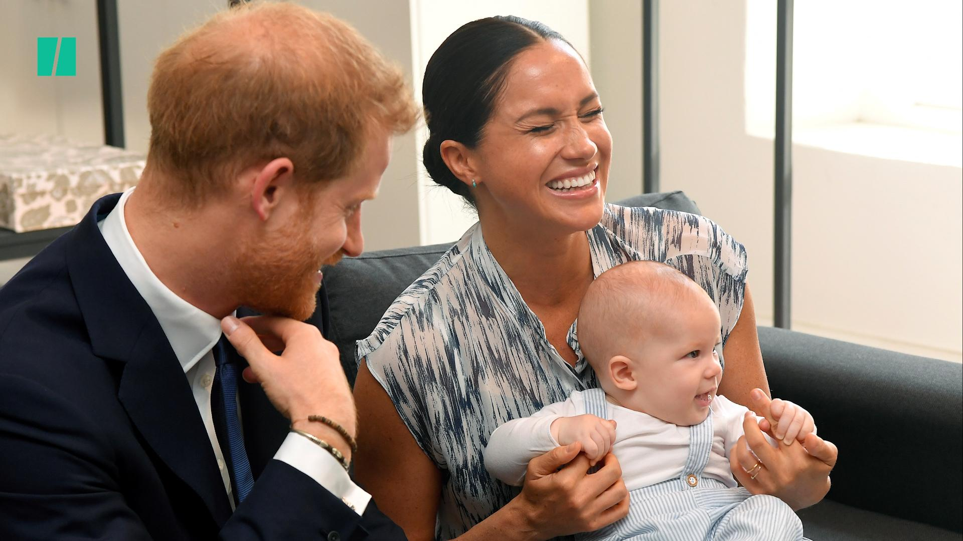 How To Keep The Peace With Your (Not So Royal) Family This Christmas