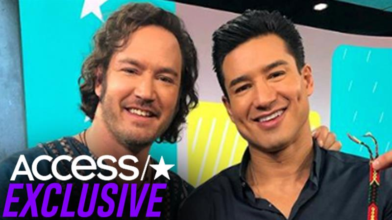 'Saved by the Bell' stars Mario Lopez and Mark-Paul Gosselaar recall 'shady' photographer: 'That was inappropriate'