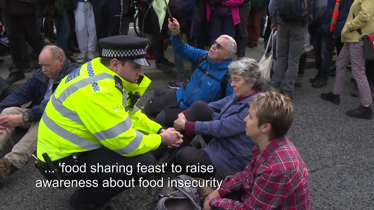 Extinction Rebellion Launch Legal Action Against Police Over Protest Ban