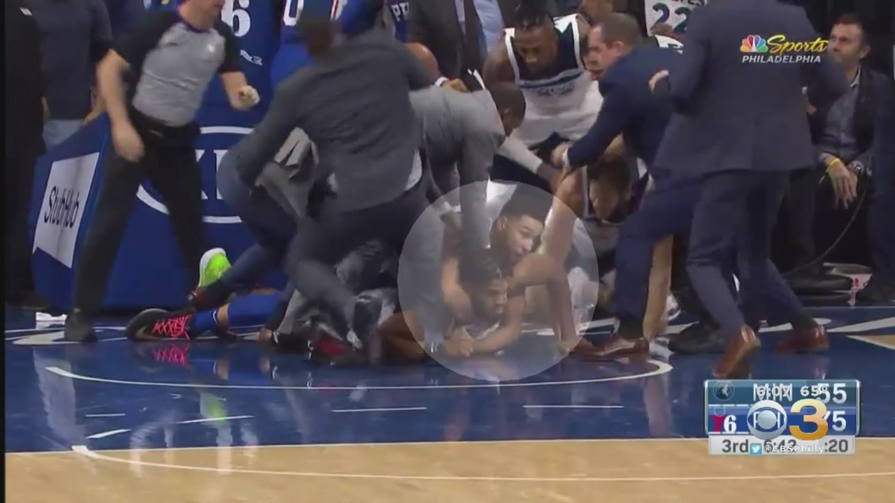 NBA Player In A Chokehold 'Taps Out' Just Like It Was The UFC