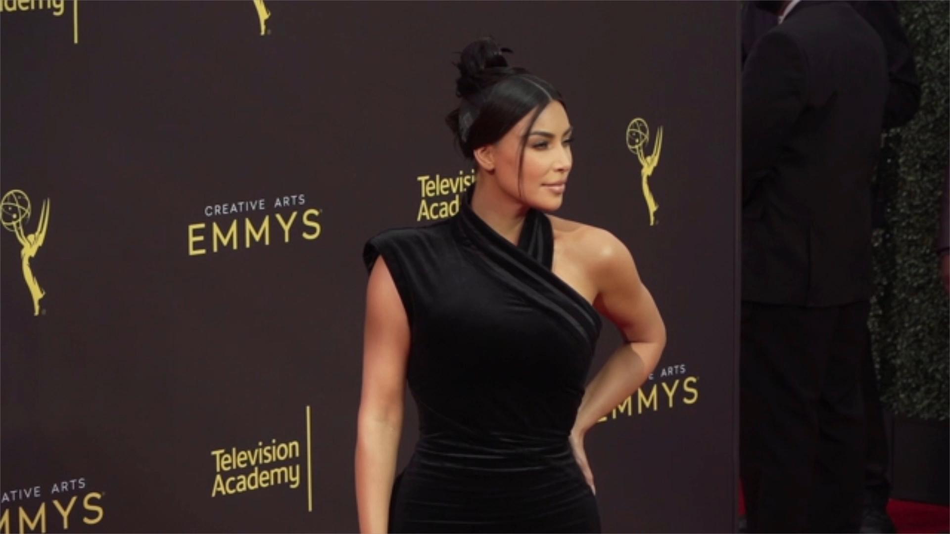 Kim Kardashian Awkwardly Interrupts Kourtney In Cringeworthy Interview