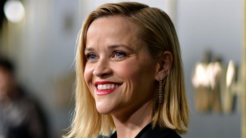 Reese Witherspoon Reveals Why She Refused A Return To 'Friends'