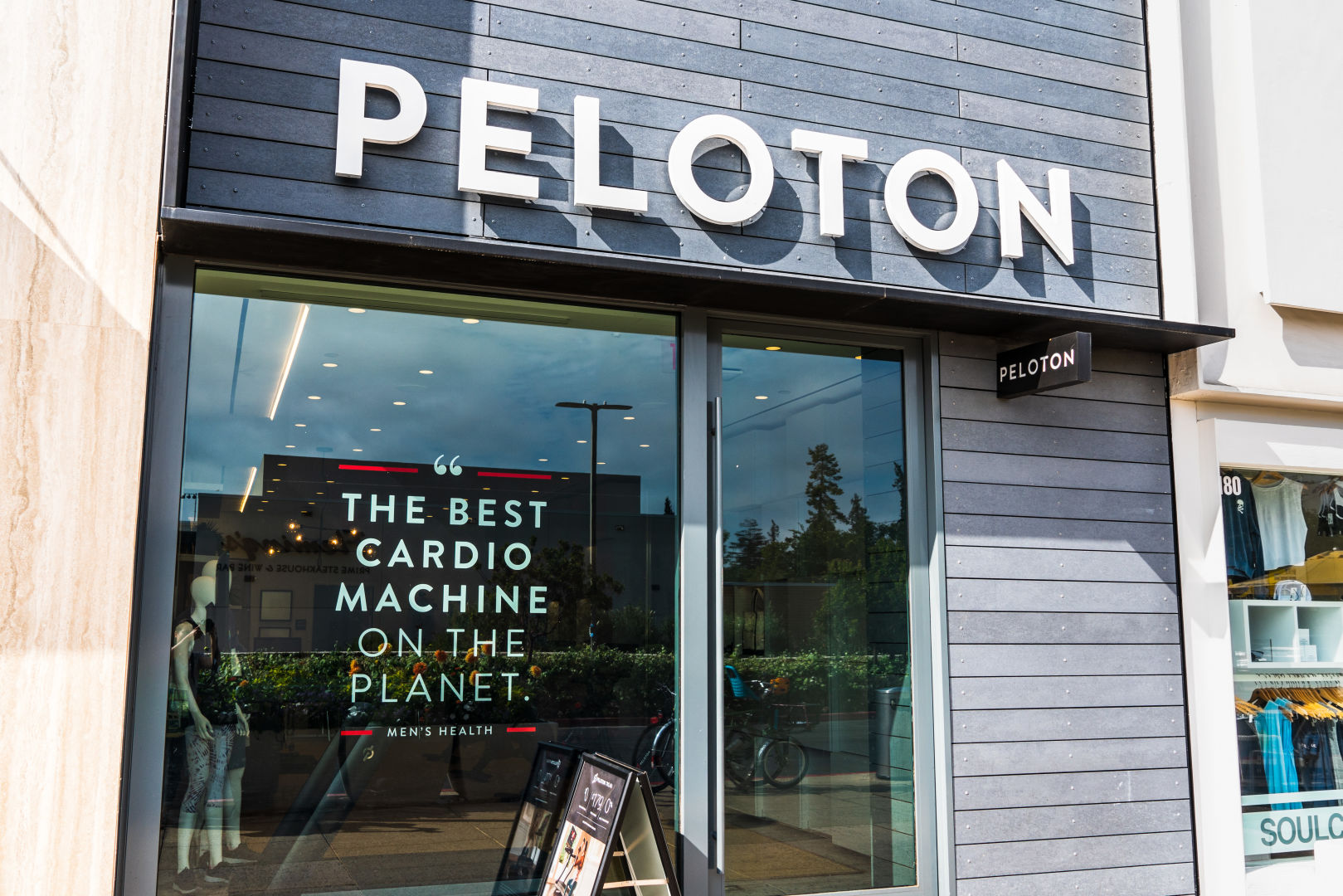 Peloton's cringeworthy new holiday ad is sending the internet into a frenzy