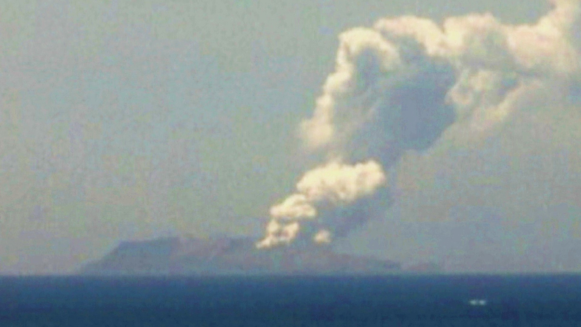 Volcano Erupts In New Zealand, Leaving Tourists Injured And Some Missing