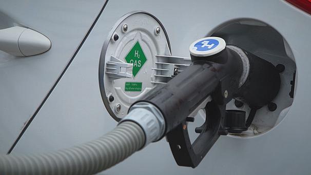 Le virage vers l'électricité du Salon de l'auto ne suffit pas, disent des écolos