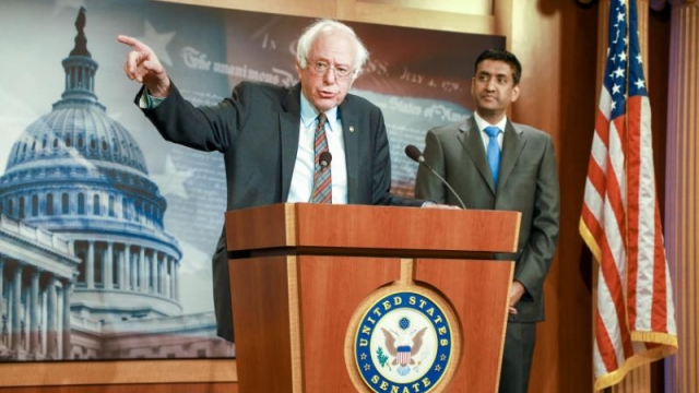 Bernie Sanders announces bill to block funds for war against Iran