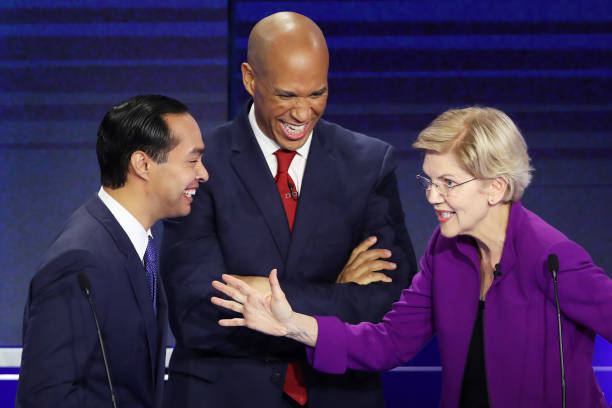 Elizabeth Warren sends unlikely campaign surrogate to Iowa — her dog