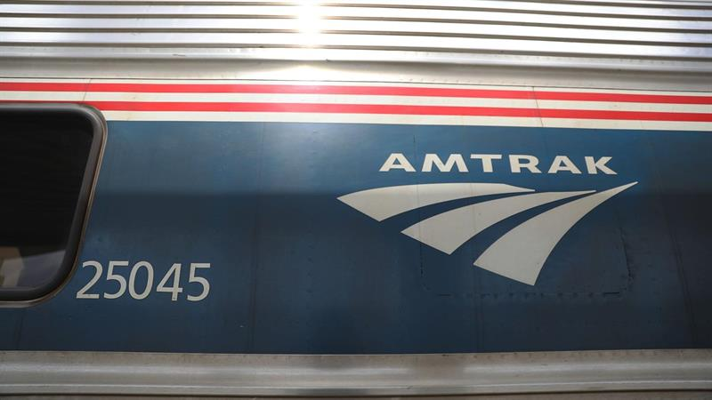 Duckworth Calls Amtrak's $25,000 Quote For Disabled Passengers 'Outrageous'