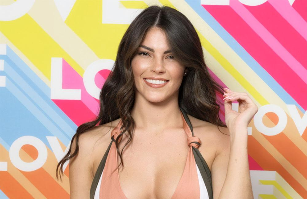 Love Island's Siannise Fudge Births A Thousand Memes With Reaction To Rebecca Gormley's Arrival