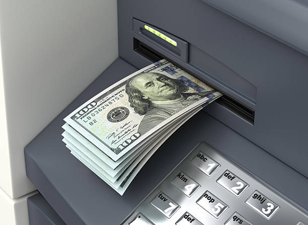 Man stumbles upon unbelievable surprise outside ATM machine: 'They just looked dumbfounded'