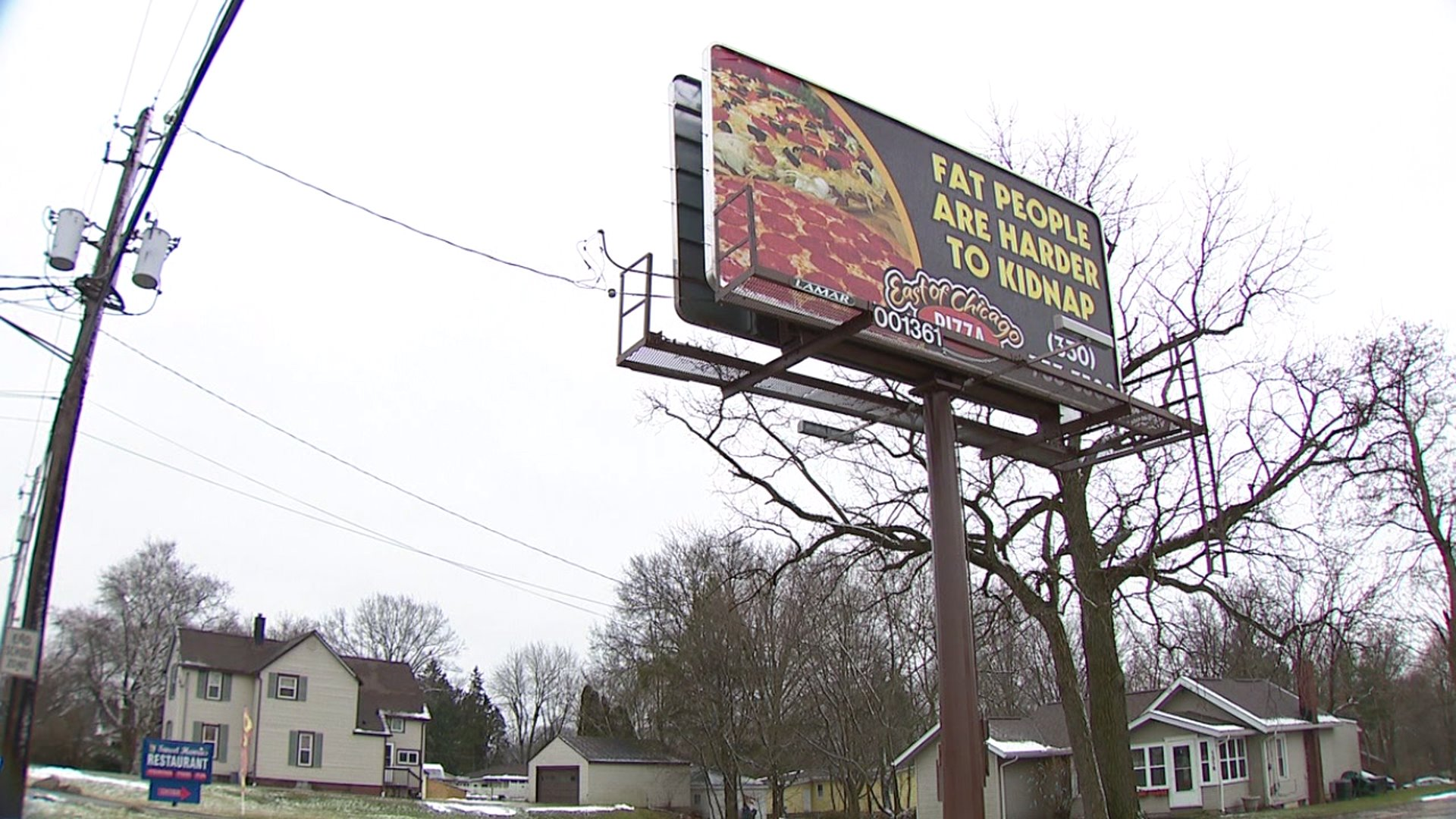 Pizza shop takes down billboard making light of human trafficking: 'Very poor taste, very offensive'