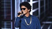 Bruno Mars wants job as Rihanna model