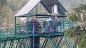 Impressive wheelchair bungee jumping!