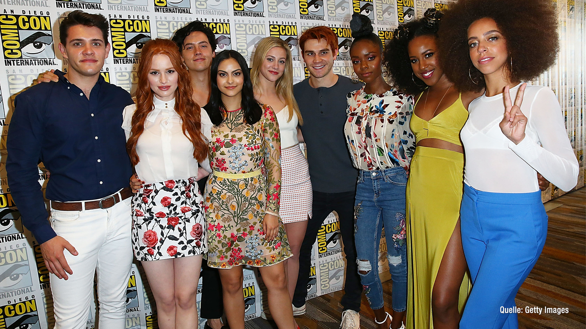"""""""Riverdale"""": So groß sind die Stars der Serie"""