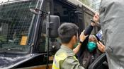 梁國雄搶文件案申終極上訴 鎖手銬囚車押抵出庭