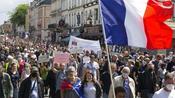 Francia: ancora in piazza contro il Green Pass. Tensioni a Parigi